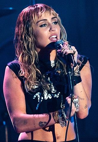 Miley-cyrus-en-concierto